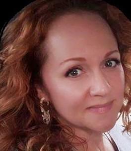 amanda profile picture 2 cropped